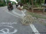 Kuakata - Fischer flicken ihre Netze