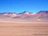 von Mineralien gefaerbte Landschaft