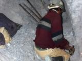 Minenarbeiter beim Vorbereiten einer Sprengung