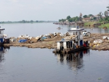 180 Hafen in Mbandaka