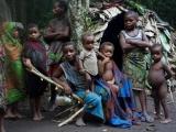 20 - Im Mbuti-Pygmaeen-Dorf