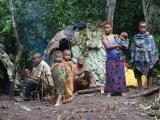 21 - Im Mbuti-Pygmaeen-Dorf