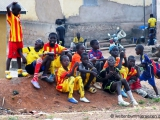 Zuschauer am Spielfeldrand