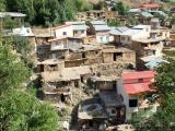 Dorf in den Bergen