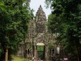 Zwischen den Tempelanlagen