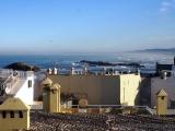 Blick ueber die Medina auf den Atlantik