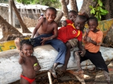 Kinder in Tokeh