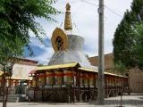 Stupa im Sera Kloster