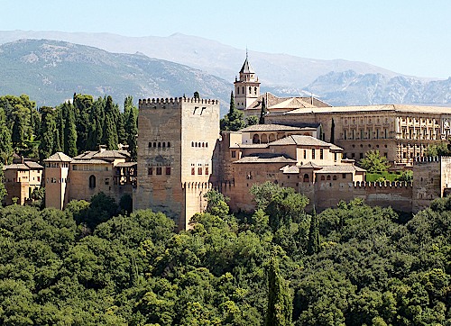 Alhambra-in-Granada-Andalusien