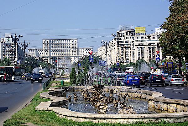 Bukarest-Boulevard-Uniri