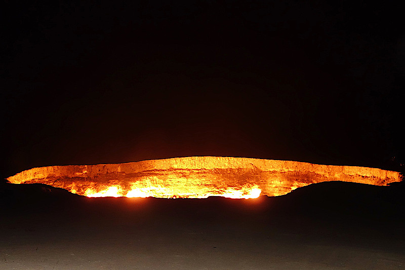 Krater-von-Derweze-Turkmenistan