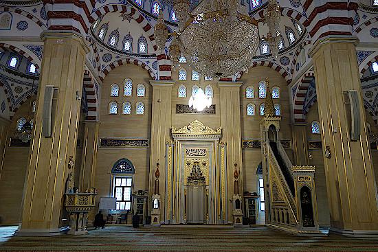 Achmat-Kadyrow-Moschee-Das-Herz -Tschetscheniens