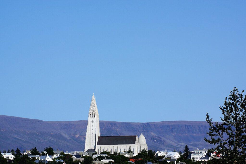 Hallgrimskirche-in-Reykjavik