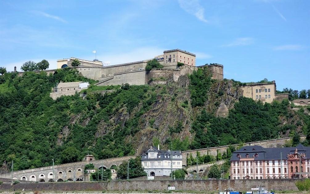 Festung-Ehrenbreitstein-in-Rheinland-Pfalz