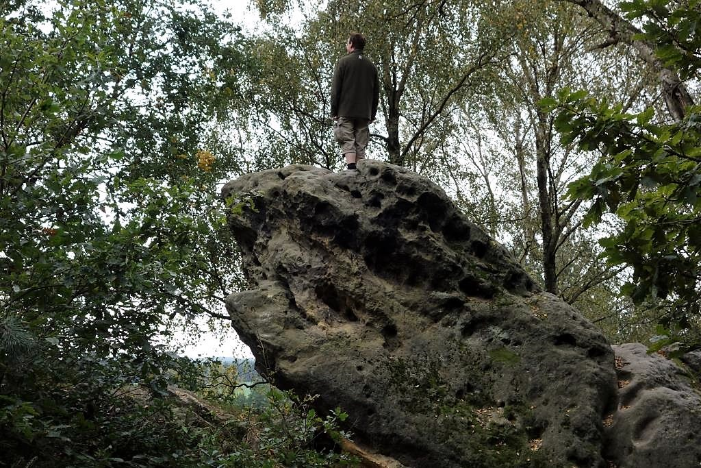 Der-Felsen-aus-Caspar-David-Friedrichs-Der-Wanderer-ueber-dem-Nebelmeer