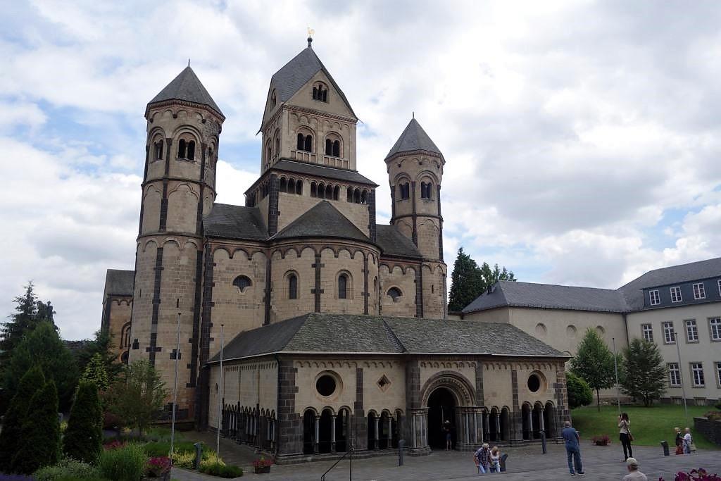 Kloster-Maria-Laach-in-Rheinland-Pfalz