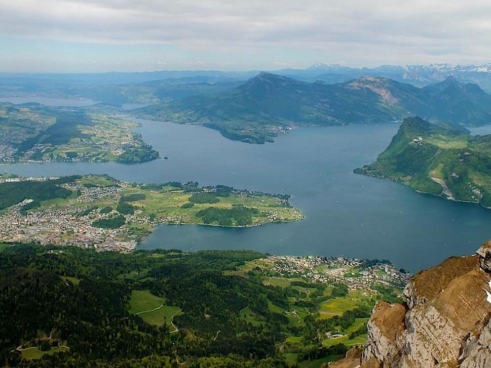 Blick-auf-den-Vierwaldstaetter-See