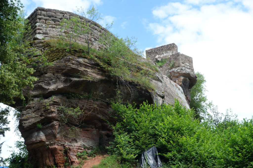 Sieben-Burgen-Weg-Wegelnburg-in-Rheinland-Pfalz