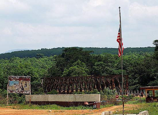 Grenze-zwischen-Guinea-und-Liberia