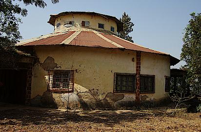 Haus-von-Miriam-Makeba-in-Guinea