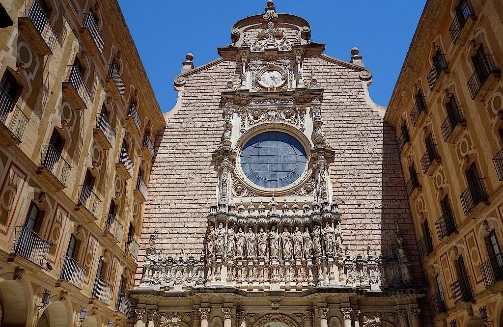 Benediktinerkloster-Santa-Maria-de-Montserrat