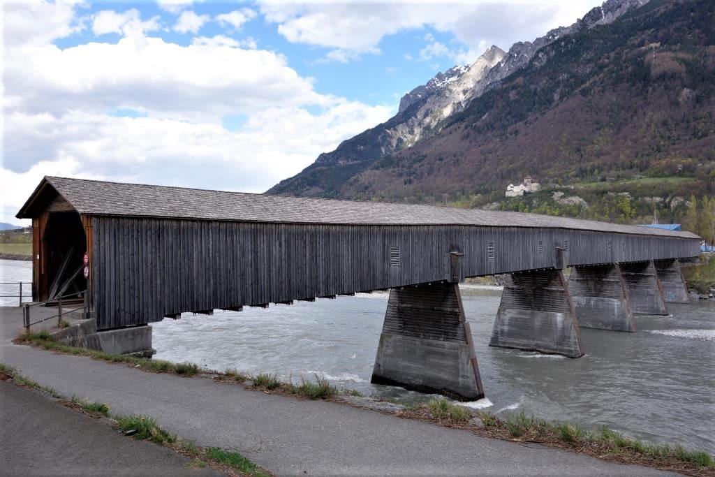 Alte-Rheinbrücke-Liechtenstein