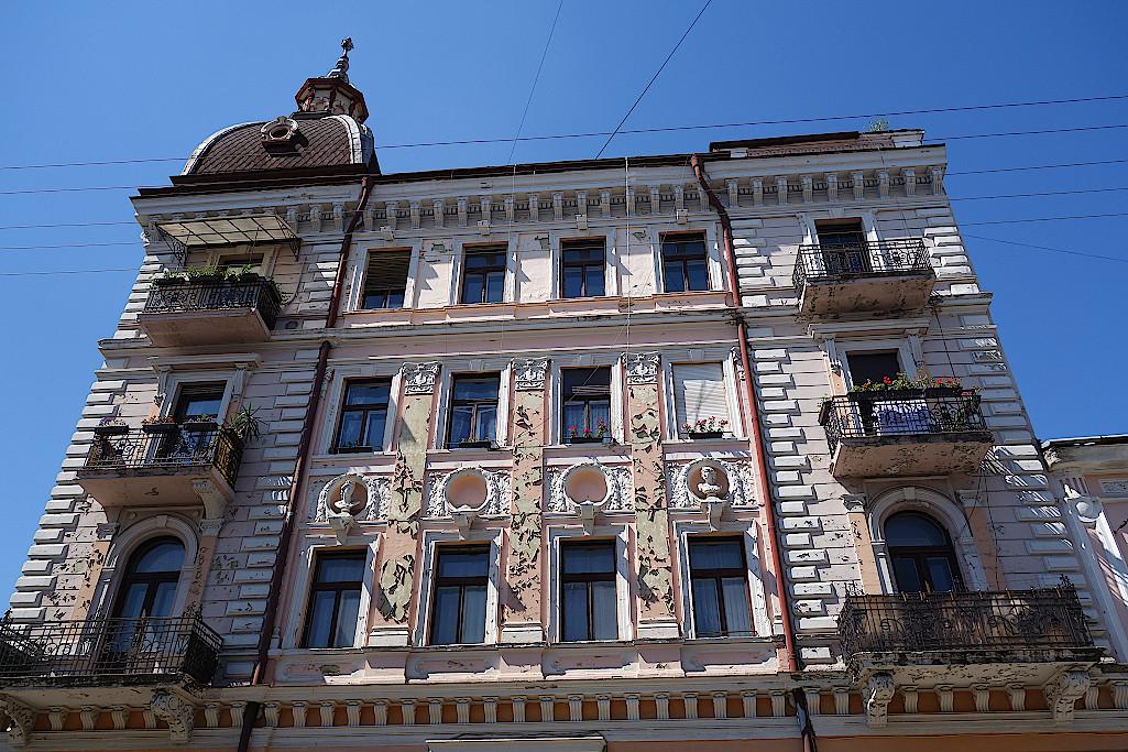 Fassade-in-Czernowitz