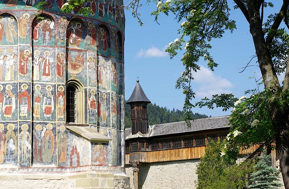 Kloster-und-Wehrgang