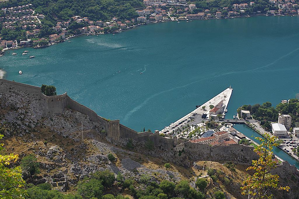 Bucht und Hafen von Kotor