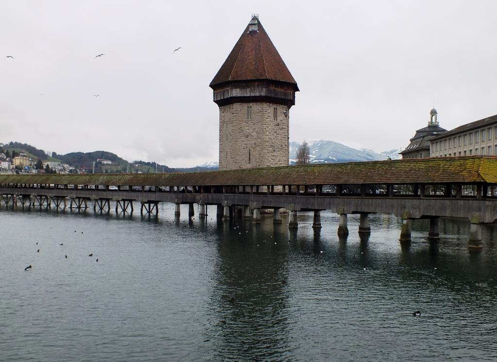 Kapellbruecke-in-Luzern