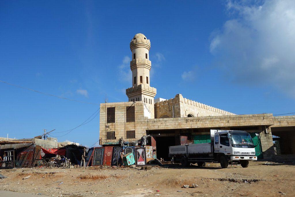 Moschee-in-Hadibu