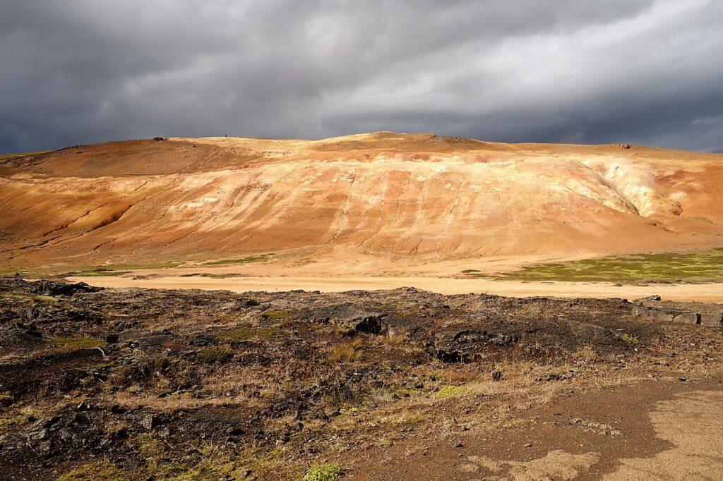Geothermalfeld im-Krafla-Vulkansystem-