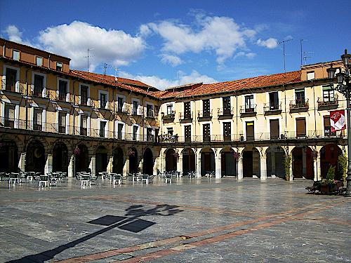 Leon-Plaza-Major