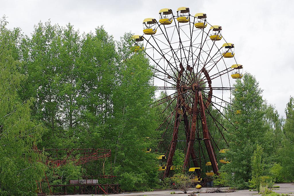 Riesenrad-im-Vergnuegungspark