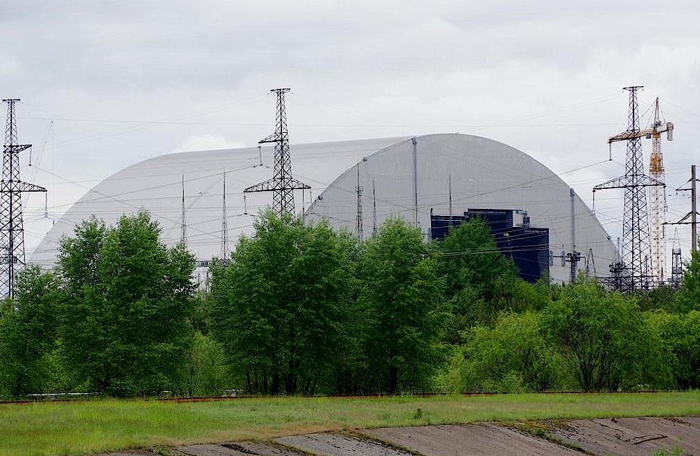 Sarkophag-fuer-den-Reaktor-4