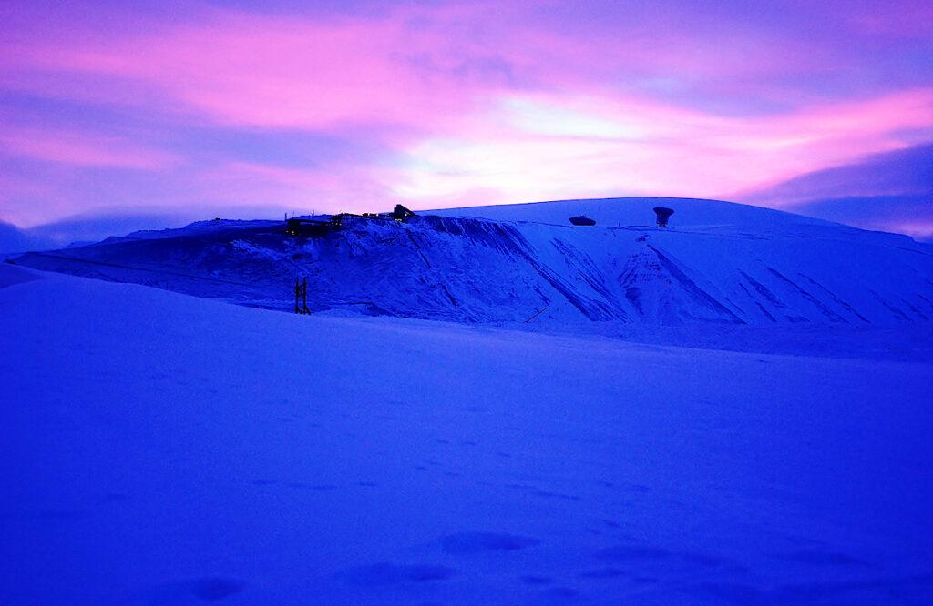 Spitzbergen-Ende-der-Polarnacht