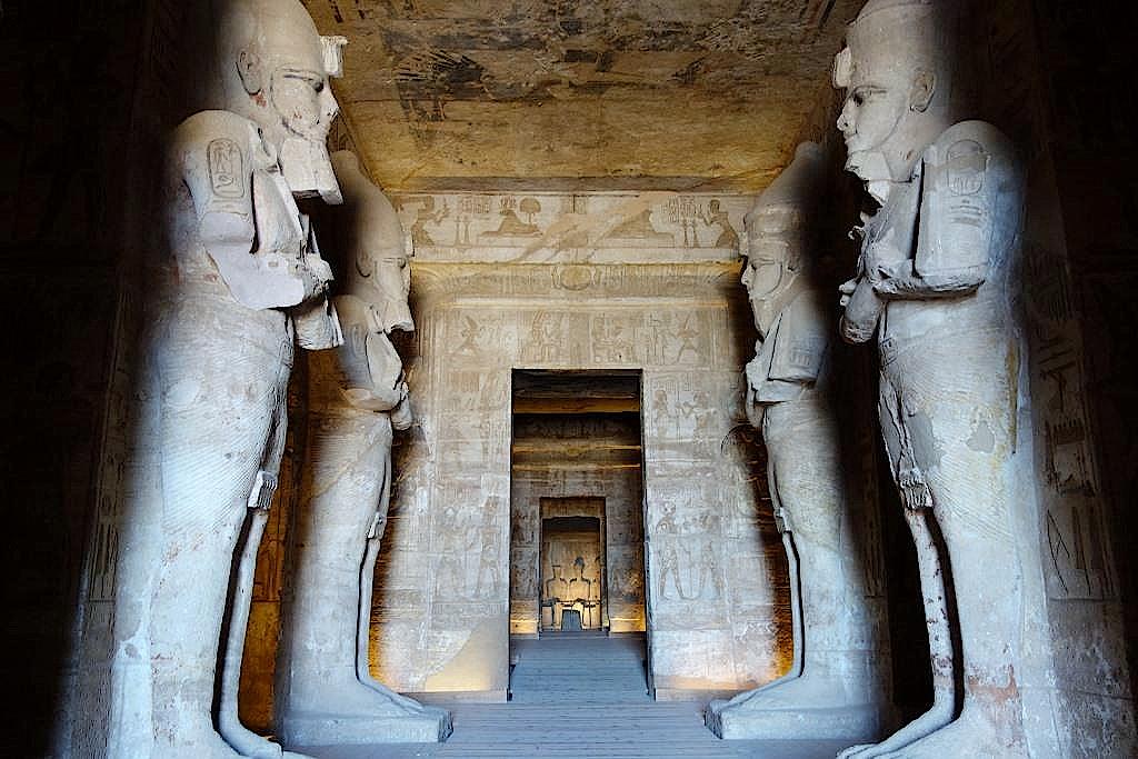 Eingangshalle im Großen Tempel