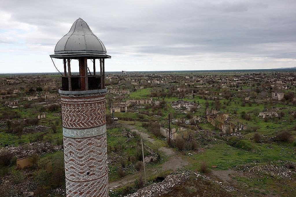Blick von der Moschee über Agdam