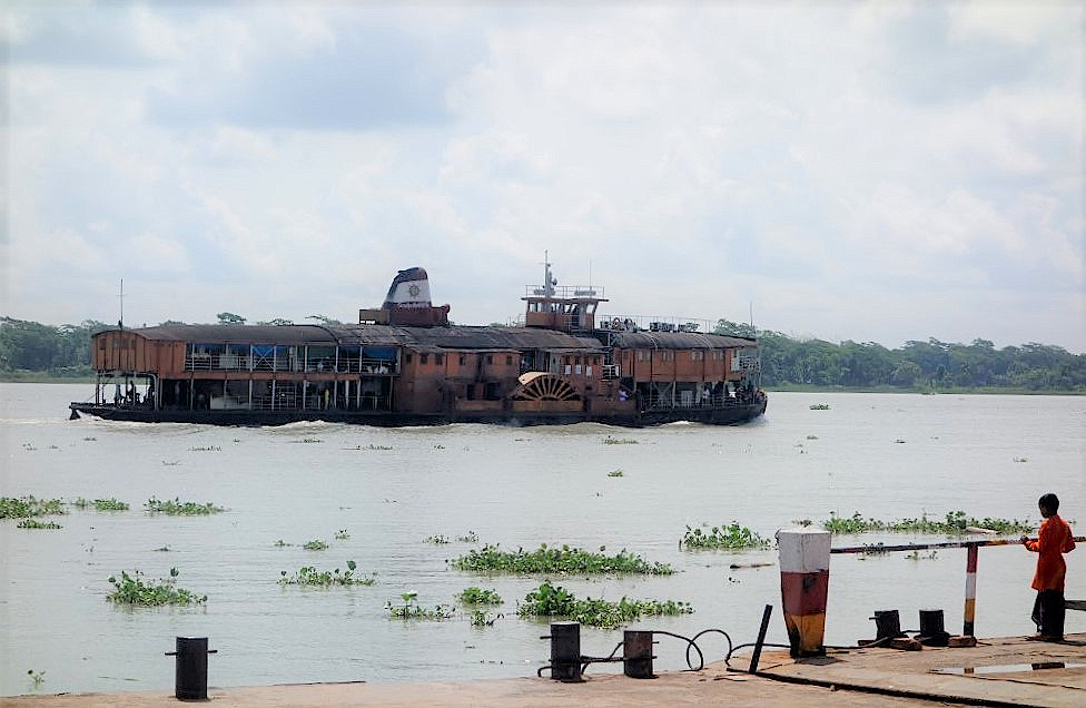 Bangladeschreise mit-dem-Schaufelraddampfer
