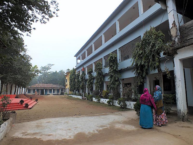 Bangladesch-Schule-