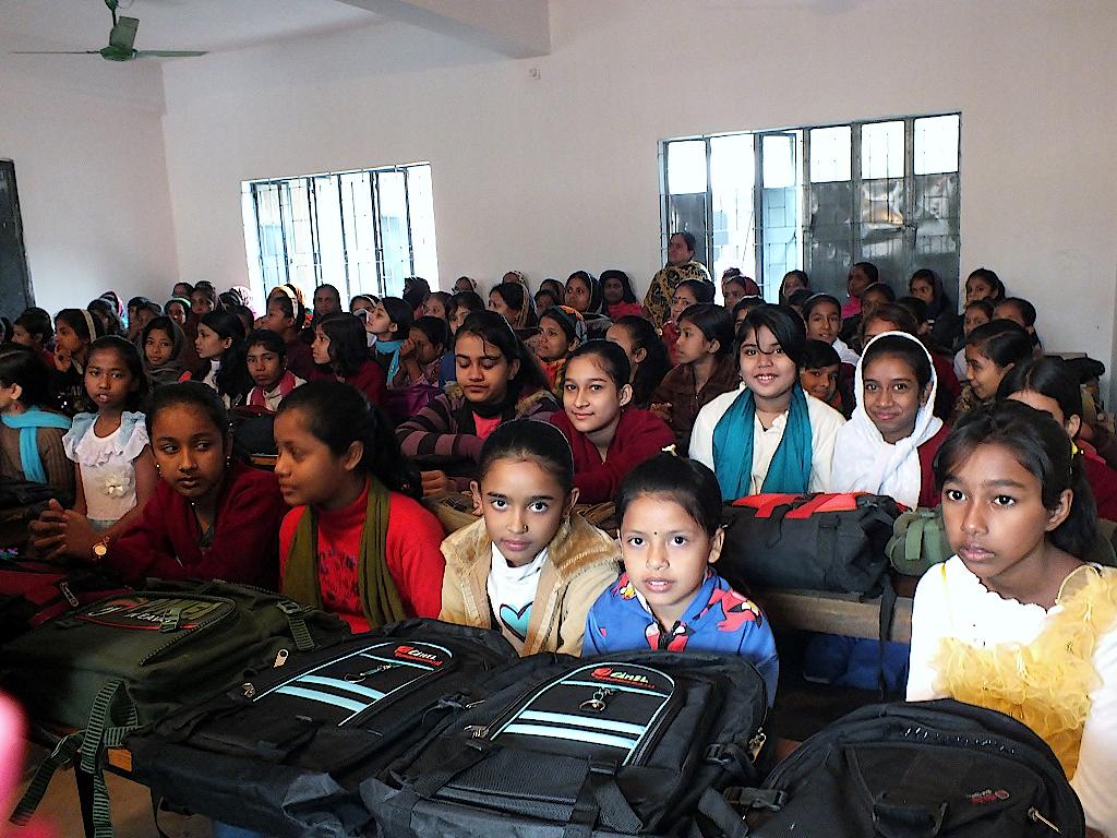 Bangladesch-Schule-Klassenraum