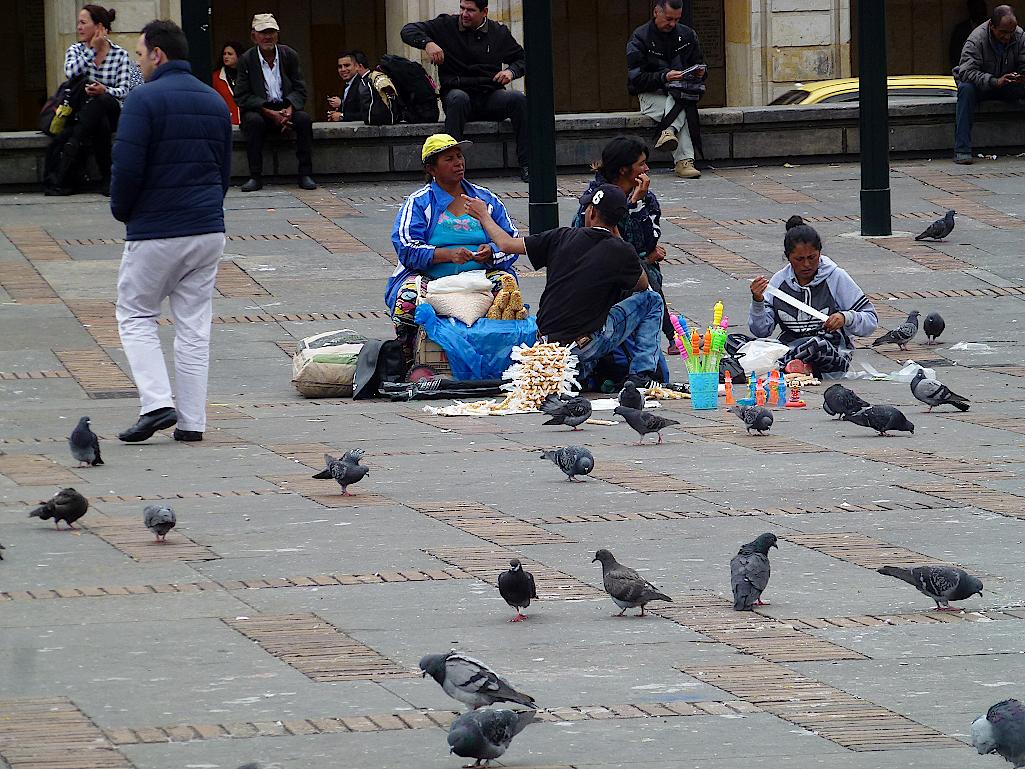 Bogota-Plaza-de-Bolívar