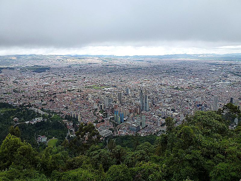 Blick vom Cerro de Monserrate auf Bogota