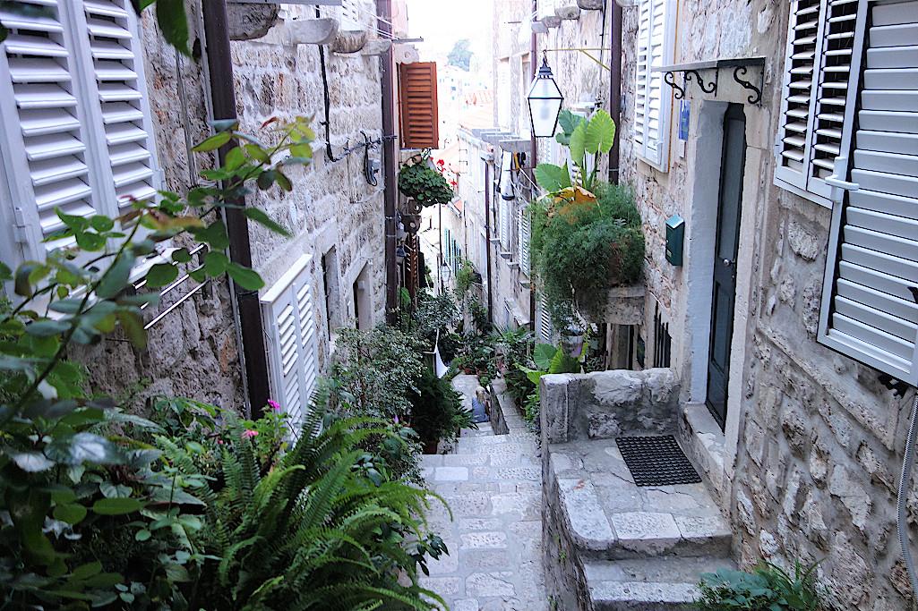 Steile-Gassen-in-Dubrovnik
