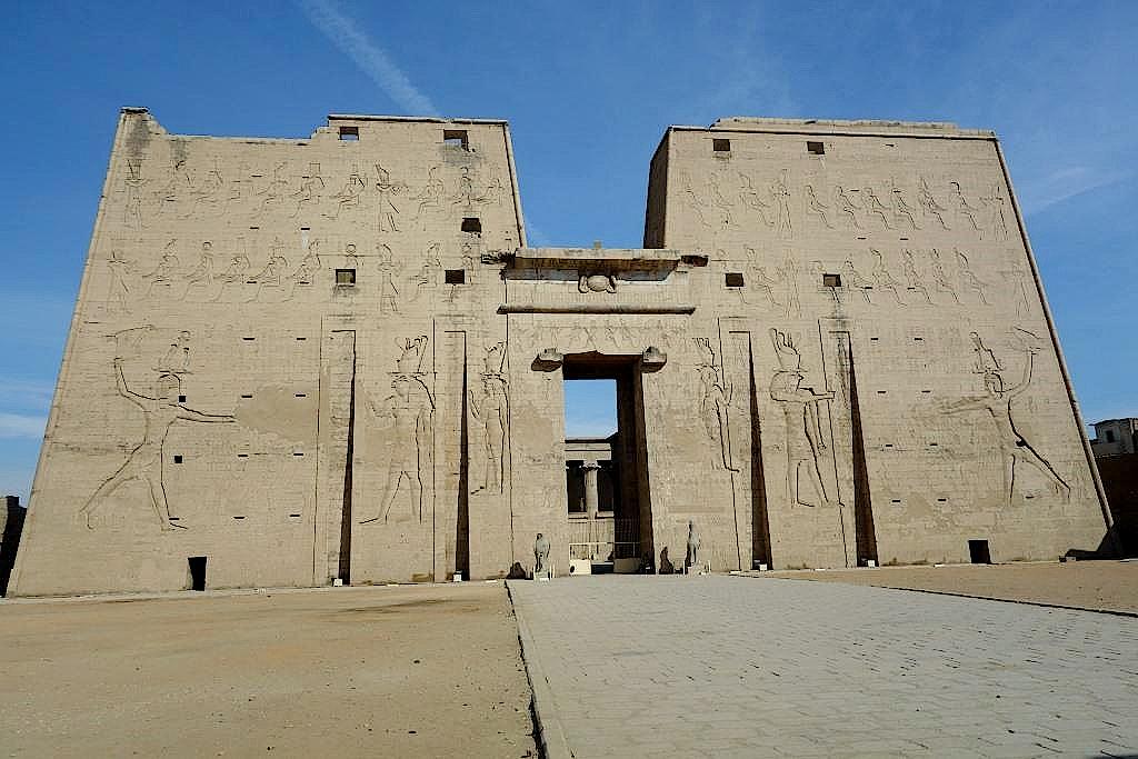 Edfu-Tempel-bei-Luxor