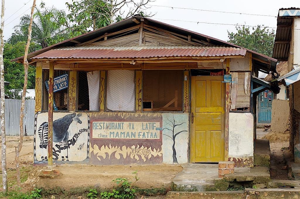 Restaurant-Epulu-DR-Kongo-