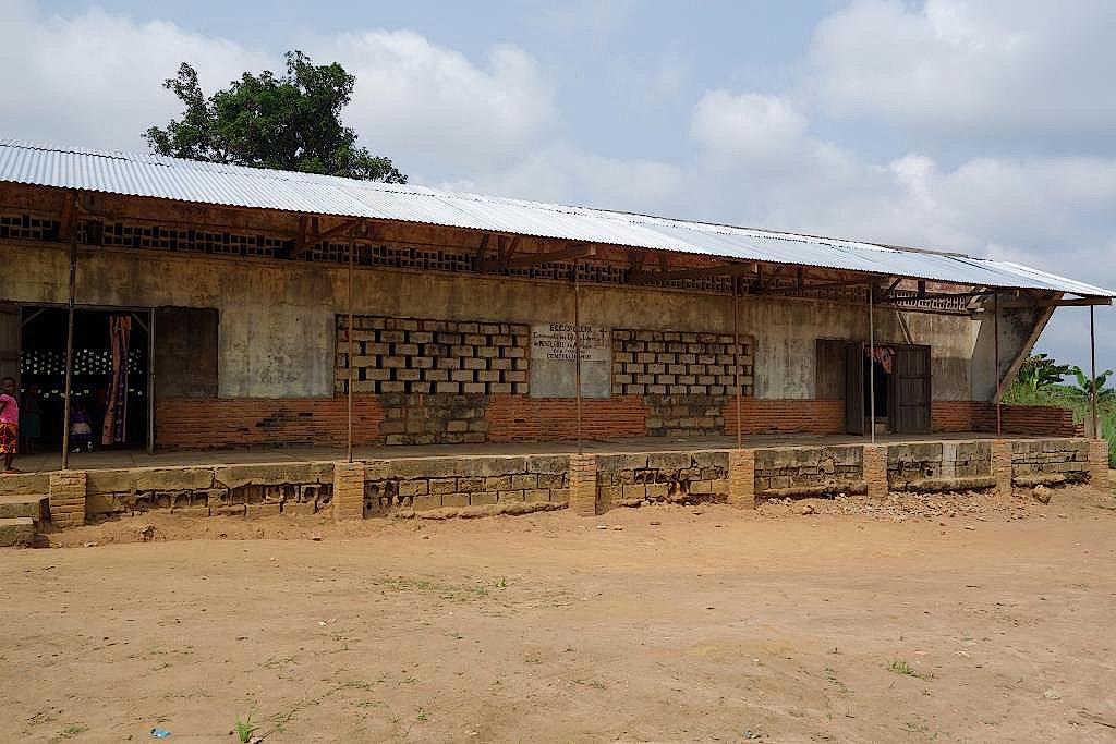 Kirche-Yangambi-DR-Kongo