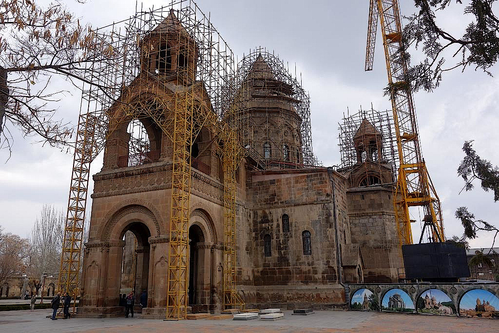 Kloster-Mother-See of-Holy-Echmiadzin