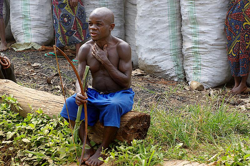 Der Dorfchef der Pygmäen