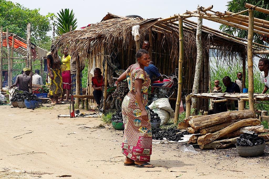 Markt-Yangambi-DR-Kongo